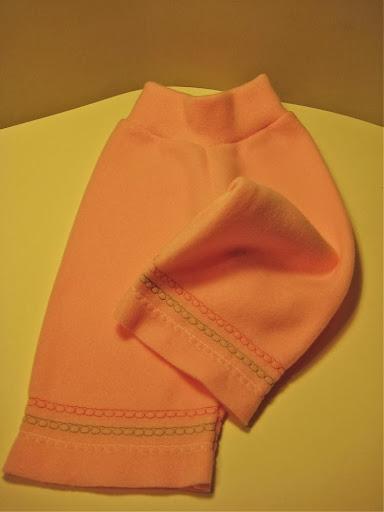 Pink Fleece w/ embroidered bands Yoga Pants (sm)