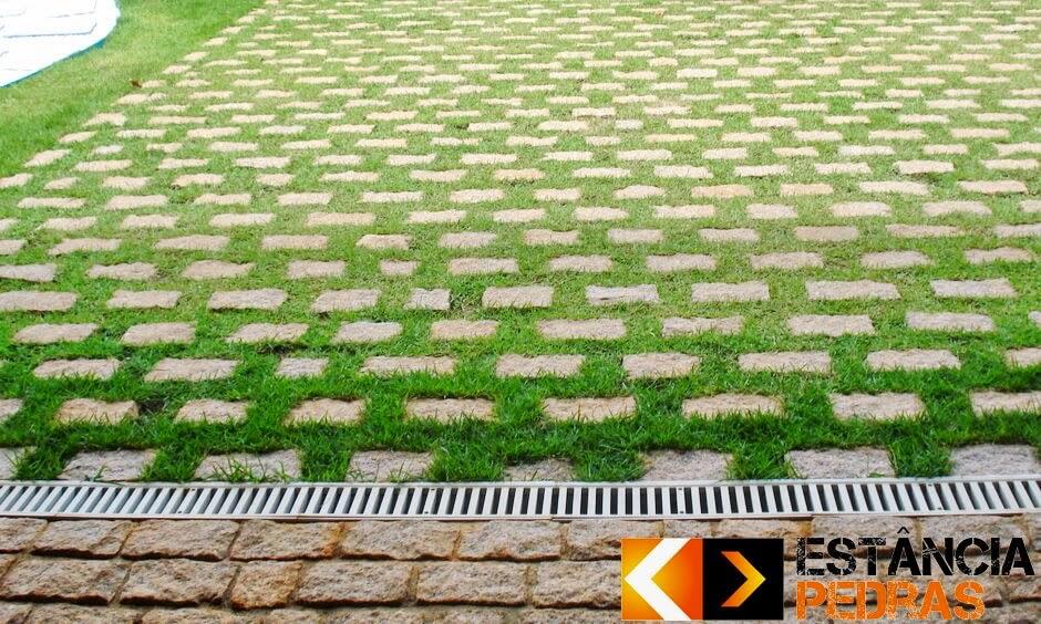 Pavimentação com Paralelepípedo em São Luís do Paraitinga (região) Construído com Pedras da Estância Pedras
