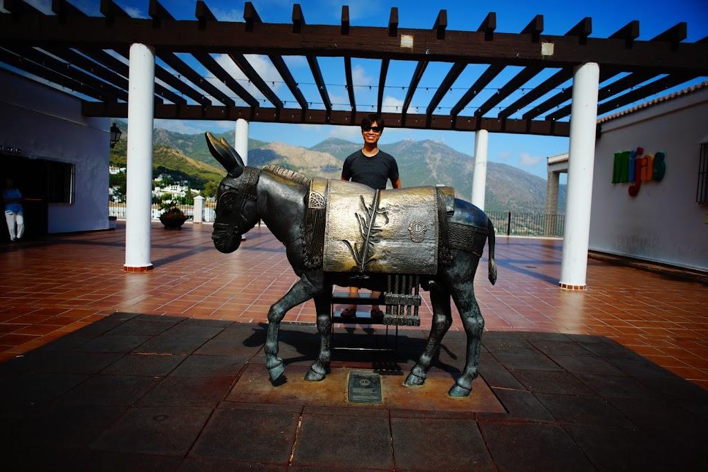 monumento al burro de mijas