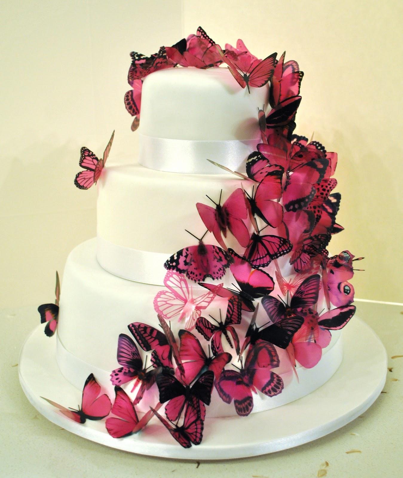 Mariposa Black And White Cake