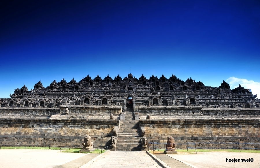 Line Art Yogyakarta : Jw travel diary to yogyakarta the ancient city of art