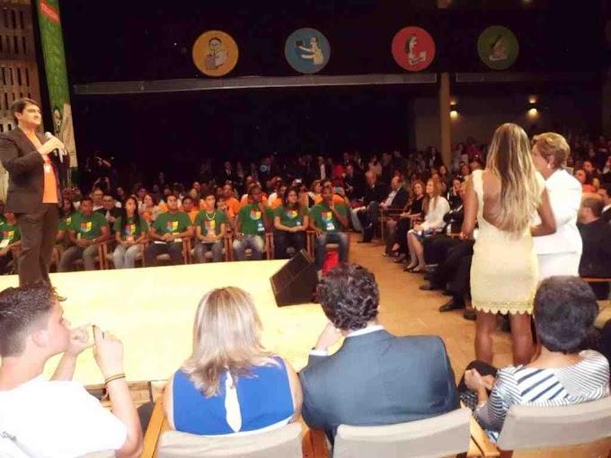 Festa no Rio de Janeiro comemora os 35 anos do Telecurso nesta segunda-feira (27)