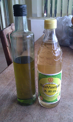 Figure 5: A bottle of olive oil and a bottle of rice vinegar.