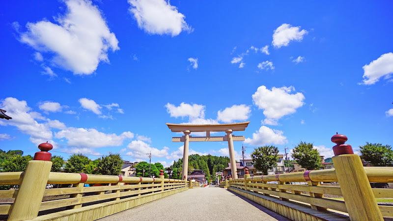 飛騨高山 櫻山八幡宮 大鳥居 写真2