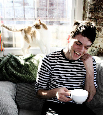 Nico Muhly and a cat 2