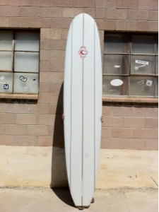 this is a single fin set up for smoorth pivot turns or gliding turns.