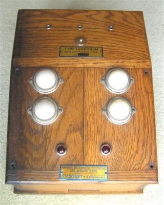 Прибор электрофиксации уколов. 1930 г., пр-во Souzy. Британский Национальный Музей Фехтования.