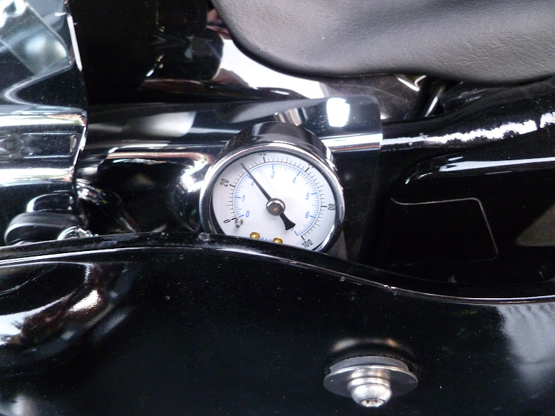 how to read air suspension gauge