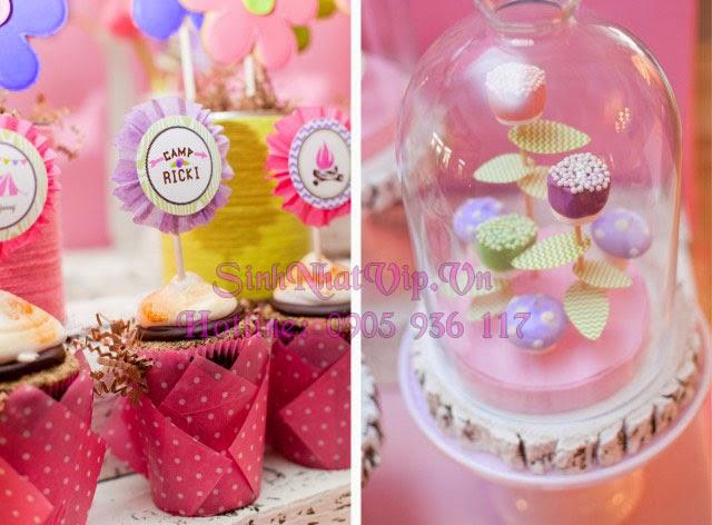 cốc sinh nhật và hộp trang trí