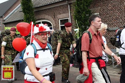 Vierdaagse van Nijmegen door Cuijk 20-07-2012 (66).JPG