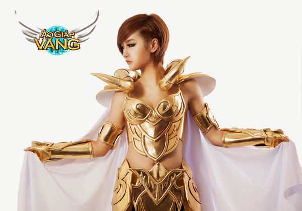 Bộ cosplay cực chất của Áo Giáp Vàng lộ diện 2