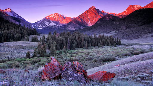 Sunrise on the Lost River Range, Idaho.jpg