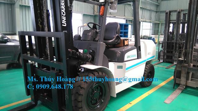 Xe nâng diesel 5 tấn Nhật Bản