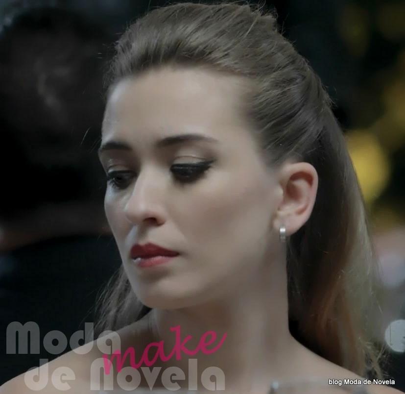 moda da novela Império, maquiagem da Bianca na reinauguração do restaurante