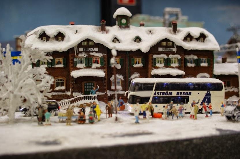 ZIMSKE makete Ankunft-Winterurlaub-a27036980