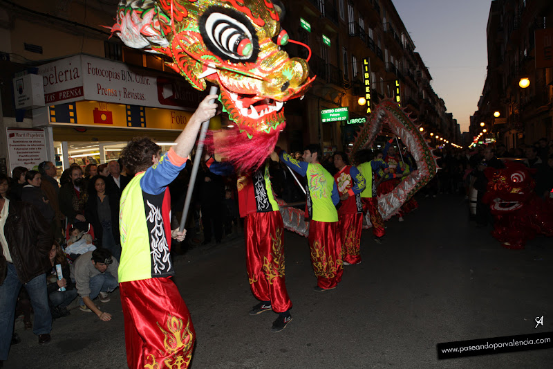 I Cabalgata china de Valencia, en la calle Pelayo. Lunes, 23 de enero 2012