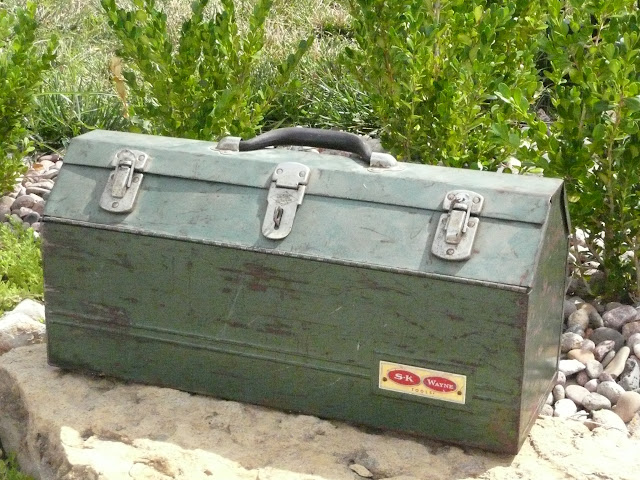 Large green tool box available for rent from www.momentarilyyours.com, $3.