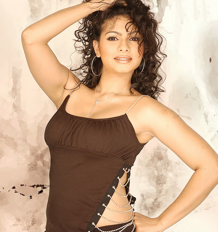 Tanisha Mukherjee Photos