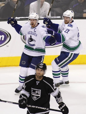 canucks_april18_kings4.jpg