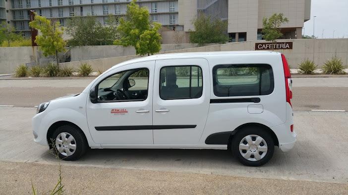alquiler de furgonetas para minusvalidos, discapacitados, movilidad reducida en Zaragoza