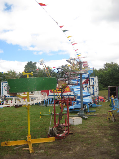 Another view of the Life Size Mouse Trap