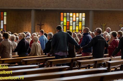 herdenkingsdienst  en een stille tocht naar het Engelse kerkhof 12-10-2014 (32).jpg