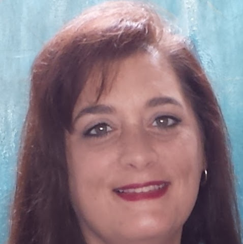 Lora Brooks