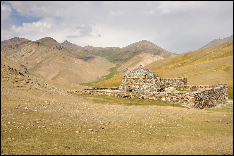 Kirghizstan : des steppes aux Monts Célestes [MAJ 16/09] DSC_0162%2520raw-794%252Bcadre