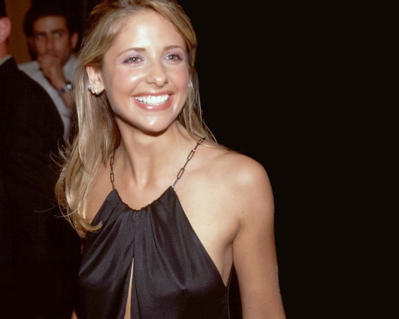 Sarha Michelle Gellar Boobs Pokies