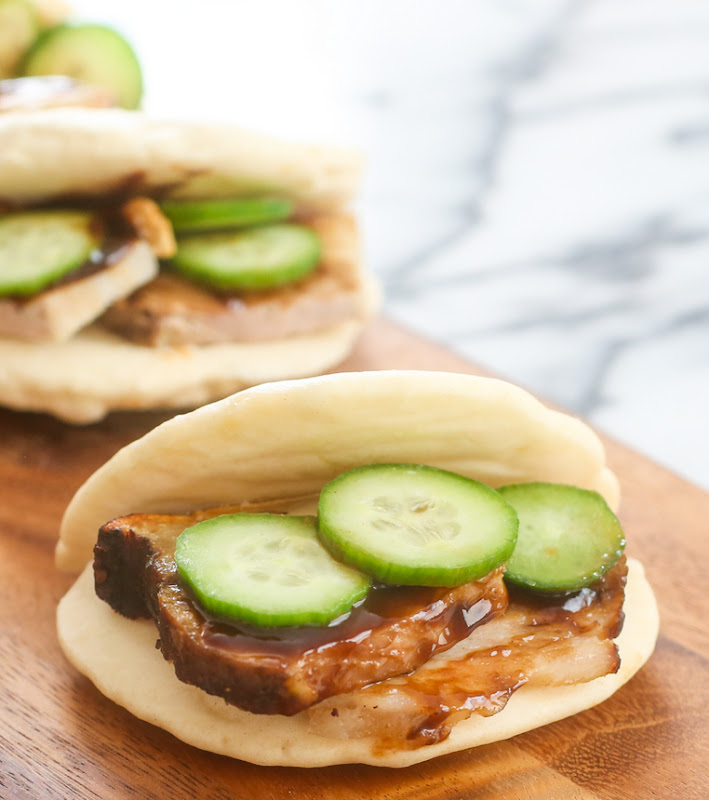 chinese bun filled with pork and cucumber