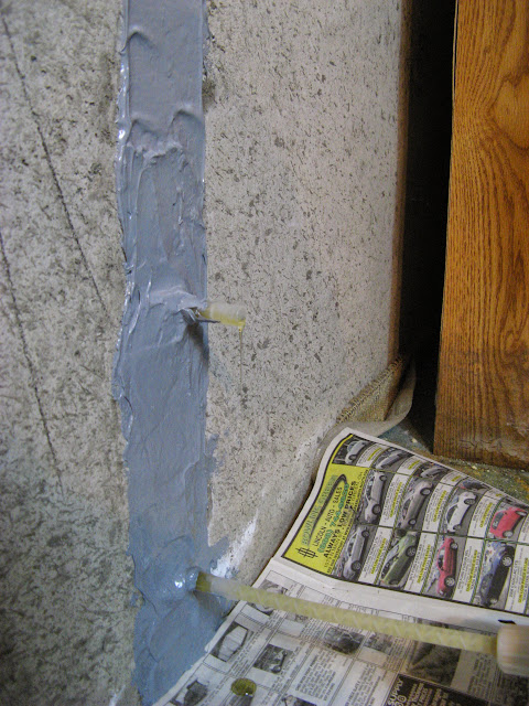 Epoxy Crack Repair : Epoxy concrete foundation crack repair kit applied
