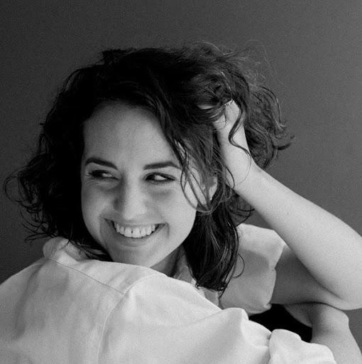 Nikki Mckenzie Photo 17