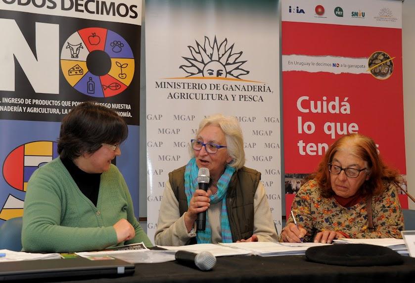 La Mujeres Rurales de Rocha al habla.