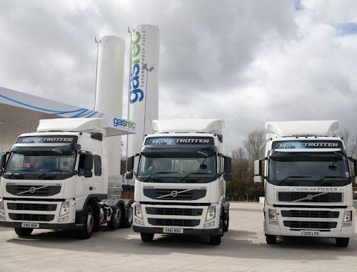 Stacja tankowania bioLNG oraz ciężarówki zasilane skroplonym metanem