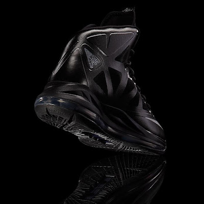 nike lebron 10 gr black anthracite 7 12 Release Reminder: Nike LeBron X Carbon / Black Diamond