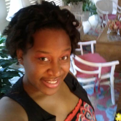 Aisha Johnson Photo 33