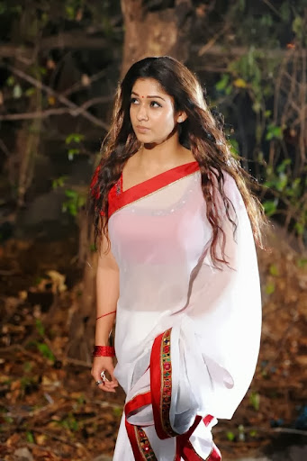 nayanthara hot in saree