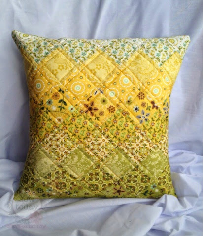 Quilted Cushion Cover Tutorial & Quilted Cushion Cover Tutorial - UPDATED AS A NEW POST (READ BELOW ... pillowsntoast.com