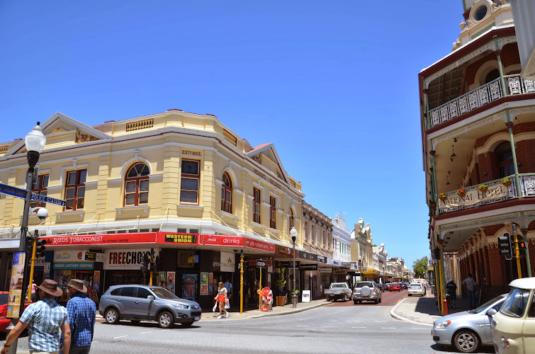 Main Fremantle Street