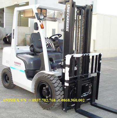Xe nâng hàng 3 tấn diesel Nhật Bản