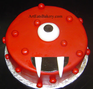 Yo Gabba Gabba custom unique Muno kids birthday cake