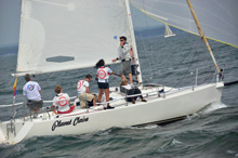 J/105 one-design offshore sailboat- sailing college regatta