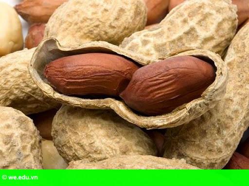 Hình 1: Ăn lạc thường xuyên giúp giảm nguy cơ tử vong vì bệnh tim mạch