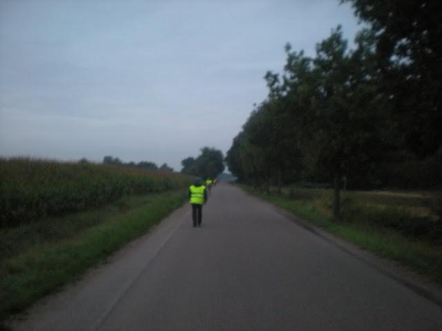 Marche Kennedy (80km) de Bergeijk (Nl): 16-17/09/2011 DSCN7146