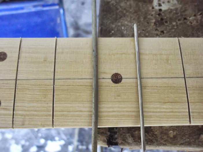 Construção guitarra telecaster, meu 1º projeto bolt on. Finalizado e com vídeo - Página 2 DSCF0863