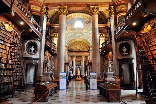 Nationalbibliothek: Biblioteca Nacional