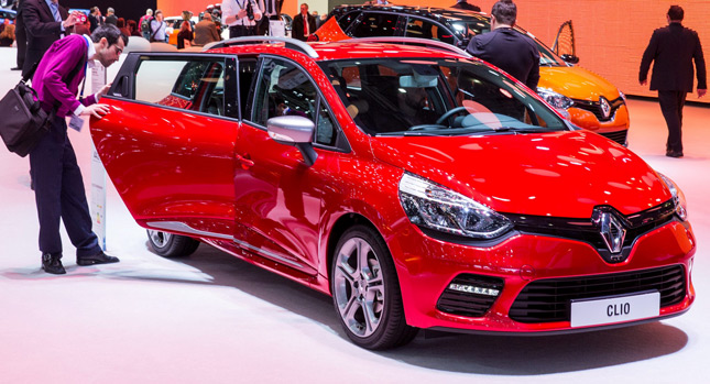 new renault clio gt 120 edc unveiled in geneva comes in. Black Bedroom Furniture Sets. Home Design Ideas