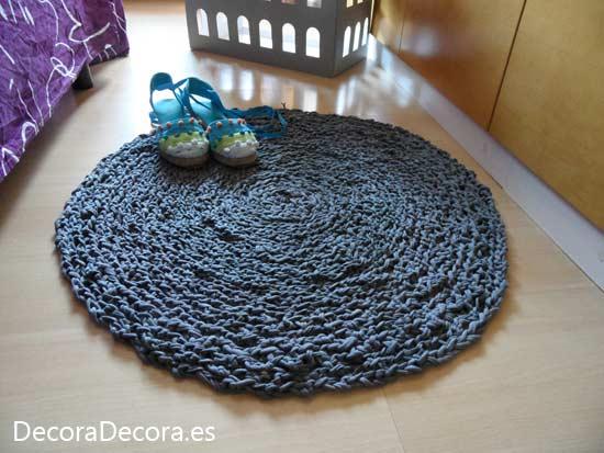 Mi alfombra de trapillo decora decora - Alfombra de trapillo cuadrada ...