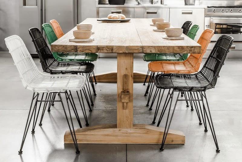 Un comedor nordico con aire industrial for Mesa comedor estilo nordico