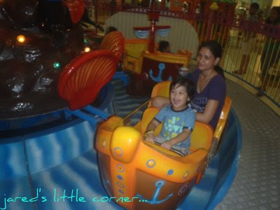 kids in doodles, toddler, out + about, fun rides